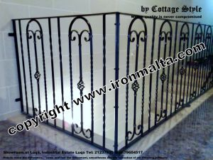 8ce13 stairs iron malta -c72.com high quality works.jpg