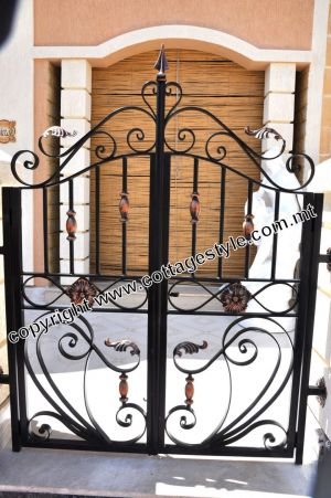 29A Gates and Railings @ Cottage Style Samples .JPG