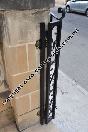 17 www.cottagestyle.com.mt wrought iron gates (new update1.2012).jpg